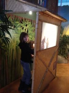Shawdow puppet show at Ottawa Children's Museum